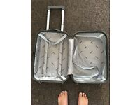 Small hand luggage hard shell case
