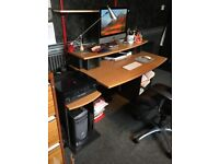 Large Antique Pine Computer Desk in Very Good Condition.