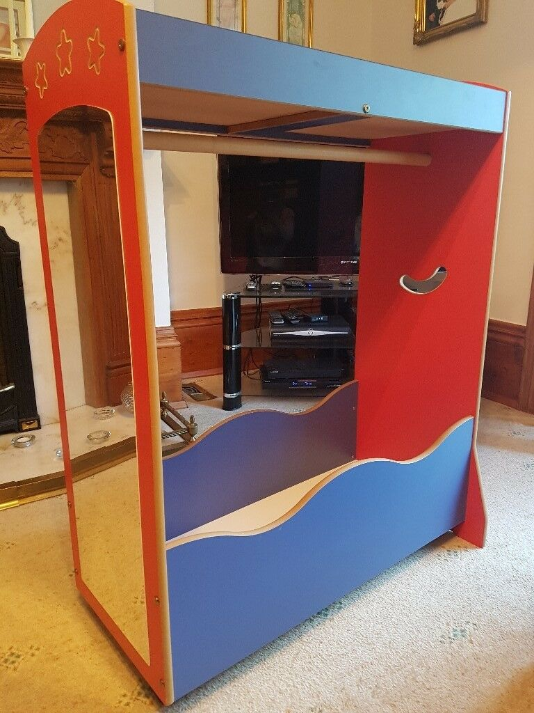 Kids Dressing Up Station For Role Play With Mirror