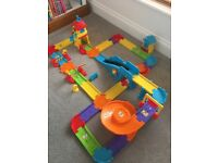 Vtech toot toot train set
