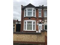 Three bed house with two receptions for rent in Ilford (Part Dss Accepted)