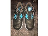 Nike air trainers size 9.5