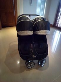 Baby Jogger City Mini Double Pram (black/grey) in excellent condition