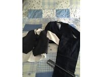 Boys suit with waistcoat tie & Shirt - Navy age 8 - Excellent condition worn once