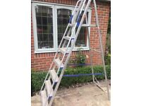 Decorator's ladder