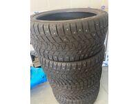 4x New Winter tyres 285/35 R22