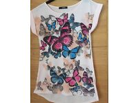 """Butterfly print tshirt size 36"""" chest very good condition"""