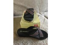 Women's sandals size 5