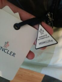 Moncler maya authentic