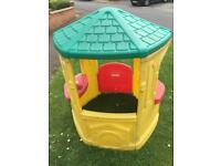 Little Tikes Cosy Cottage Playhouse