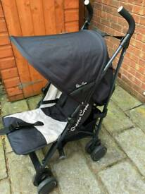 Silver Cross pushchair. Hardly used. This is a bargain!