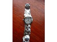 lovely quartz watch with new battery (7)