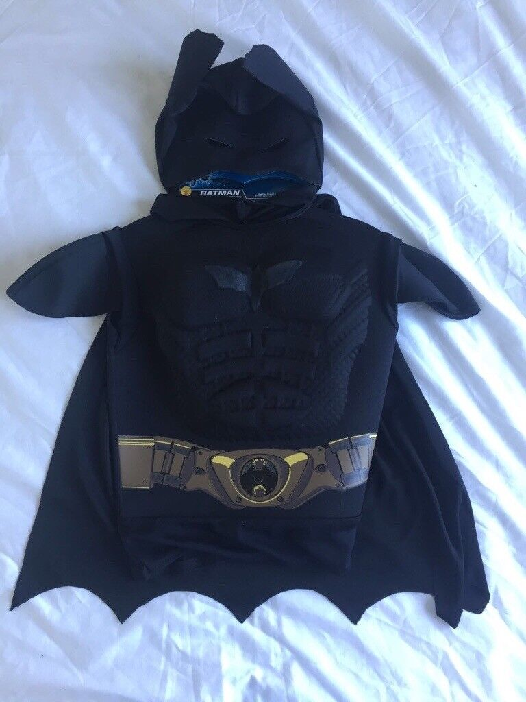 Batman Dress Up outfit age 4+ (New)