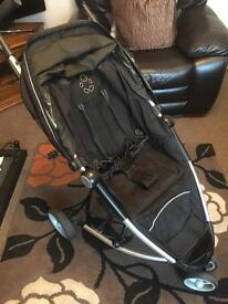 Push chair compact petite star good condition