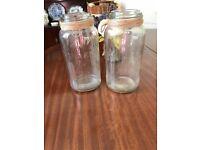 8 x kilner jars with hessian detail - perfect wedding decoration