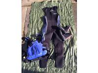 Life jacket, wet suit & wet shoes