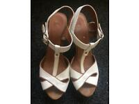 Used heels size 6