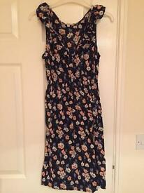 Flower print dress new look size 8