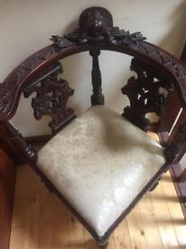 Stunning carved wooden chair, Victorian reproduction