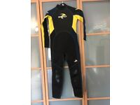 Child's wet suit brand new with tags 11/12 years