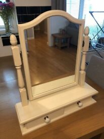 Cream dressing table mirror