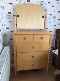 Quality Beech Veneer Dressing Table with Mirror in Excellent condition