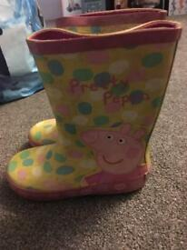 Peppa Pig wellies - size 9