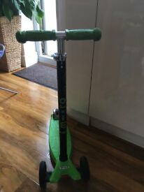 Maxi Micro Scooter, ages: 5-12,very good condition