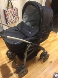 Mamas & Papas 2 in 1 travel system