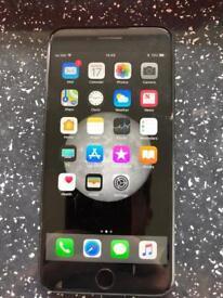 Apple IPhone 7 Plus 32gb - Cracked Screen