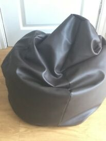 2 x beanbags faux leather
