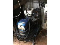 Airless paint sprayer gmax7900