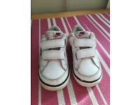 Nike toddler trainers 6.5