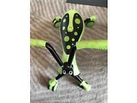 Scramble bug, folding ride on