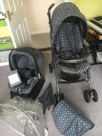 Mamas and Papas pilko pramette pushchair and car seat