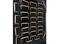 Kitchen unit door handles
