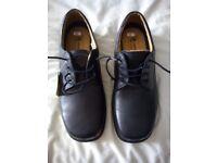 Mens wide fit shoes