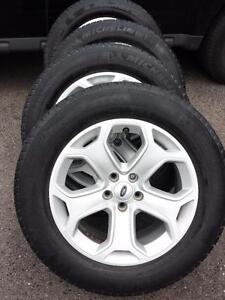 2013 FORD EDGE 18 INCH ALLOY WHEELS WITH MICHELIN HIGH PERFORMANCE 245 / 60 / 18 ALL SEASON TIRES.