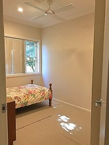 Furnished room in Frenchs forest Belrose Warringah Area Preview