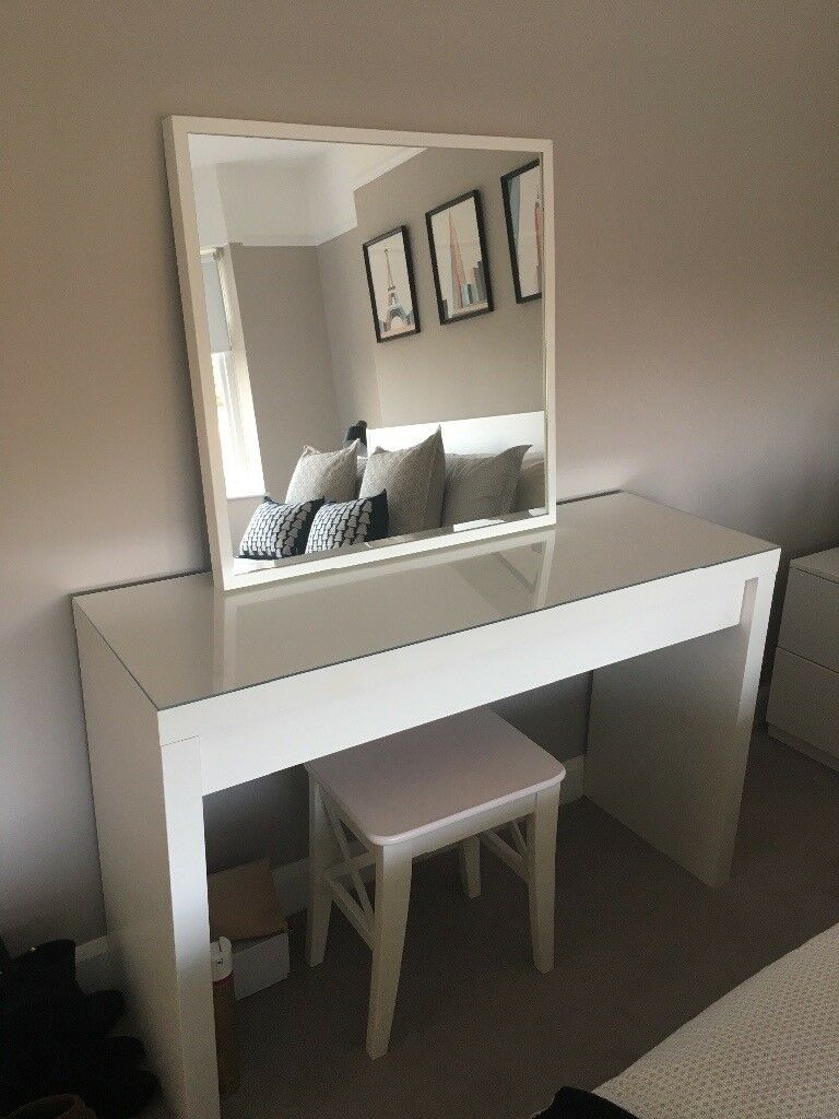 Dressing Table With Mirror And Stool: Modern White Dressing Table, Mirror & Stool