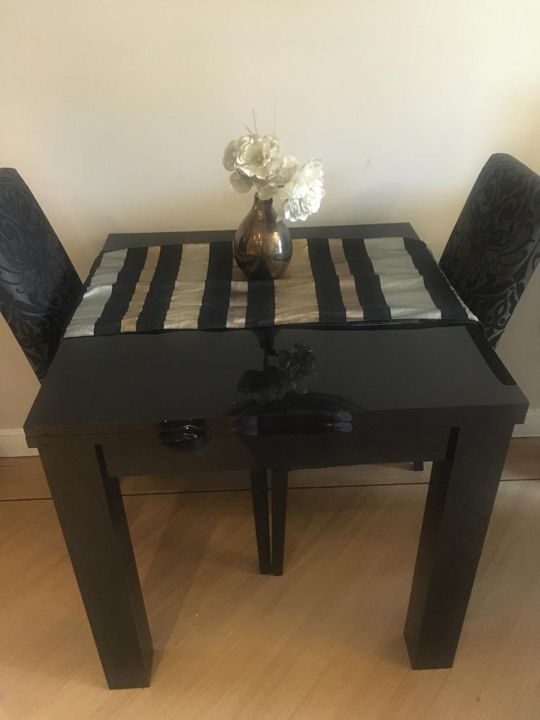 Next Black Gloss Square To Rectangle Extending Dining Table Seats 2 4 6