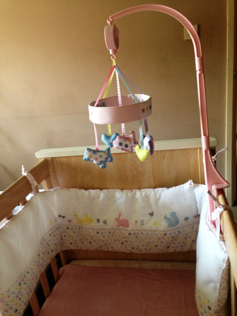 Baby Girls pink & white bumper & musical mobile from Mothercare HARDLY BEEN USED!!!!