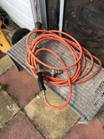 Roofing burner and 1/4 bottle gas
