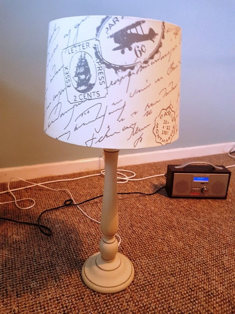 2 x table lamps £10 ea ( 2 x £15) in mint condition