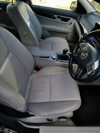 image for Mercedes-Benz, C CLASS, Saloon, 2011, Manual, 2143 (cc), 4 doors