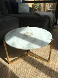 Marble coffee table immaculate state