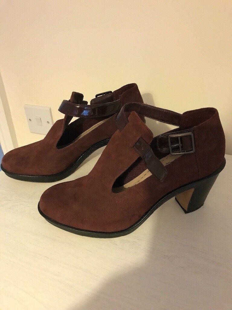 Ladies Clarke's Shoes