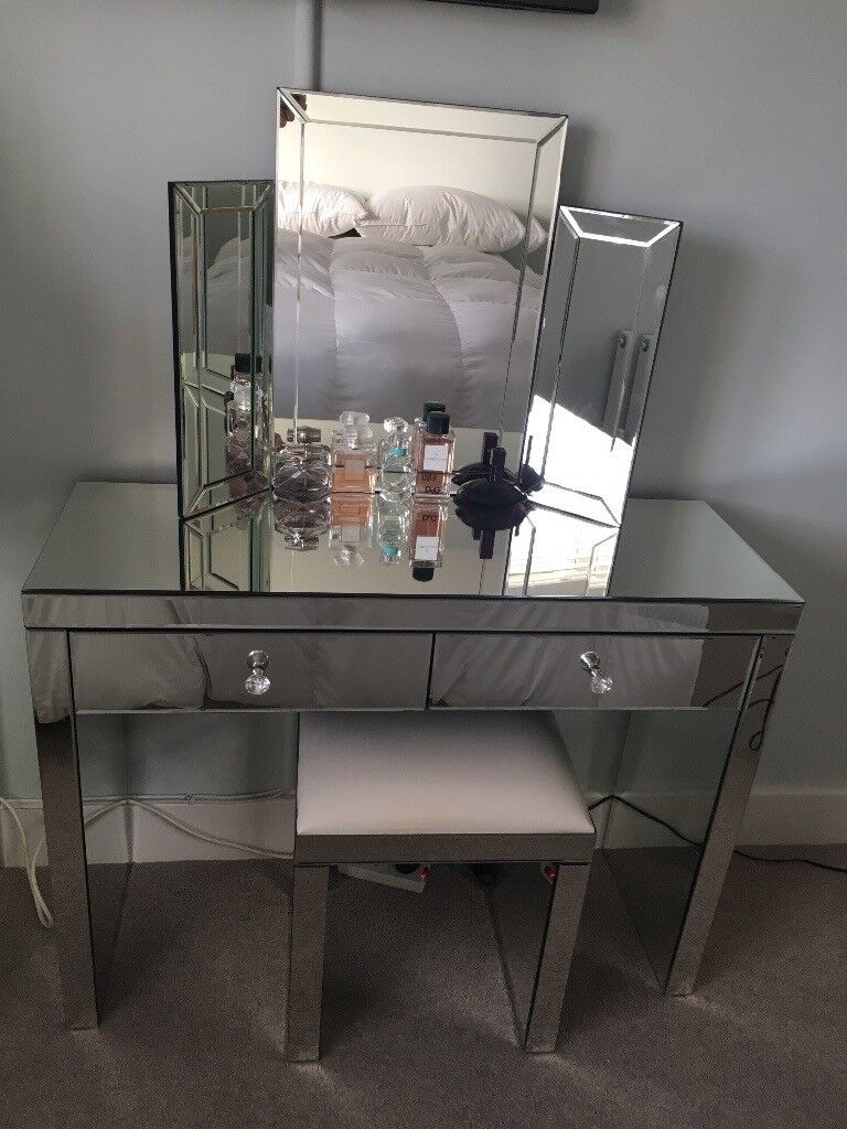 Beautiful Mirrored Bedroom Furniture - dressing table, stool ...
