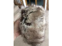 Fake fur head ring with stretch elastic
