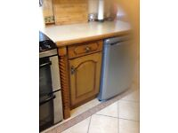 kitchen units£100, solid oak wood, fully cleaned, diagram, collect immediately.